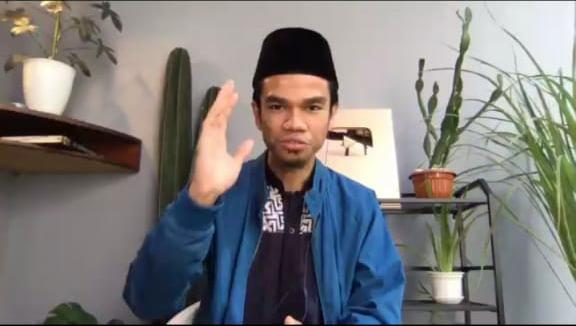INDONESIA MENGAJI